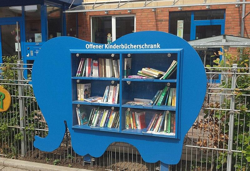 Kinderbücherschrank Elefant